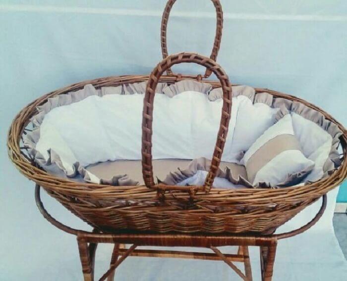 Berço cesto de vime com protetor