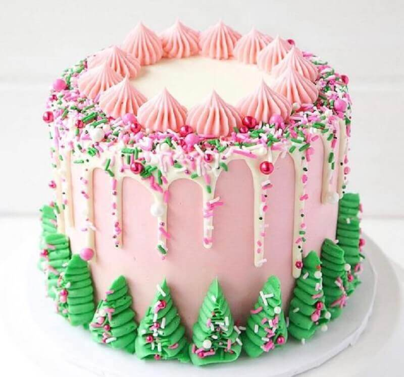 cake with pink and green Christmas decoration Foto We Heart It