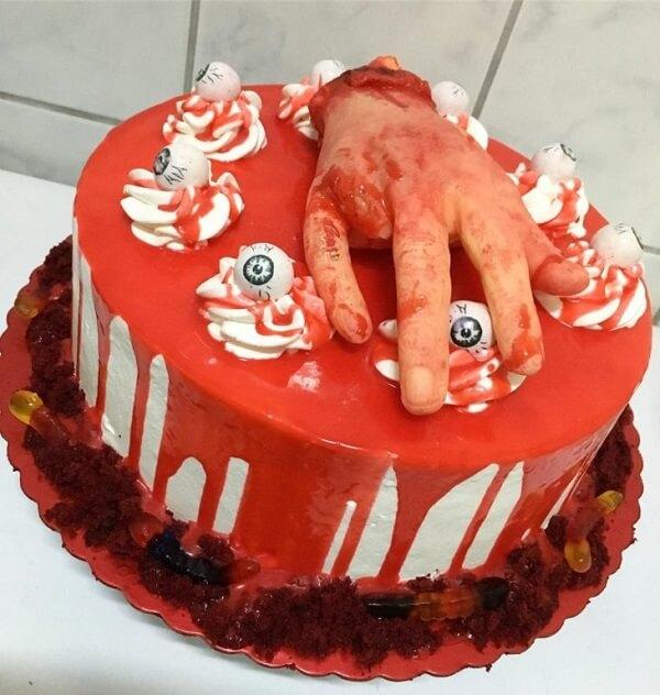 Bolo para Halloween assustador