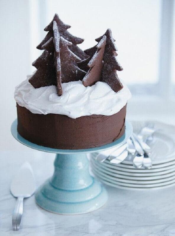 bolos de natal decorados com chantilly e pinheiros de chocolate Foto Why Santa Claus