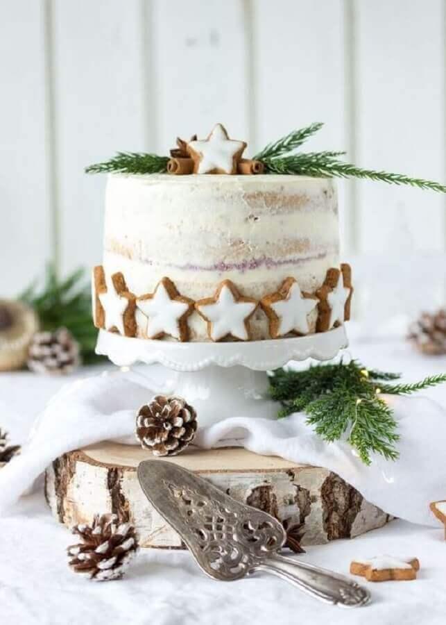 decoração de bolo de natal decorado com estrelas de biscoitos Foto Pinterest