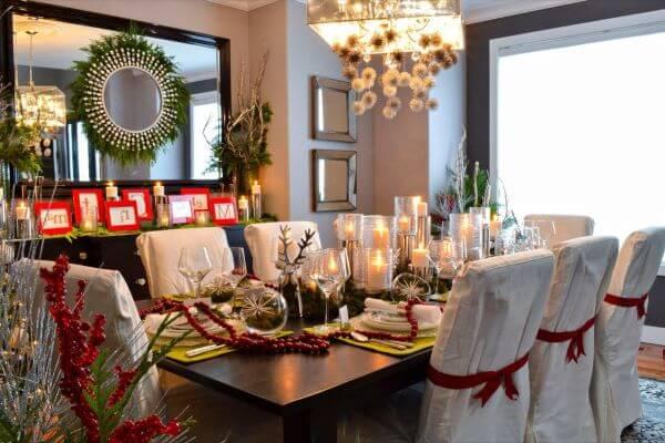 Decoração de natal para sala de jantar com velas