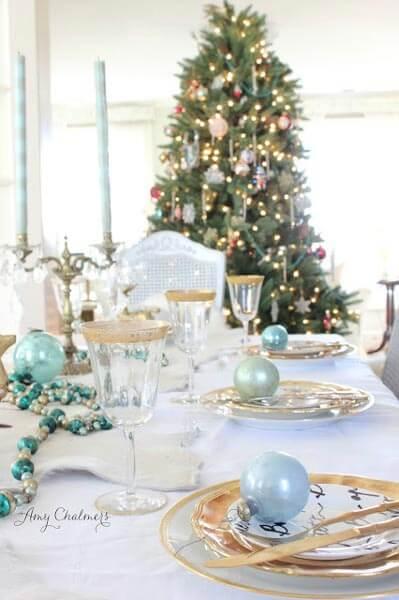 Decoração de natal para sala de jantar com enfeites em azul