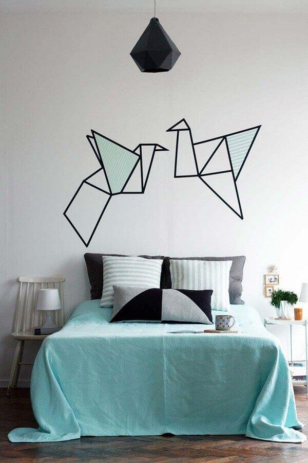 decoração de quarto simples com fita isolante Foto Archzine