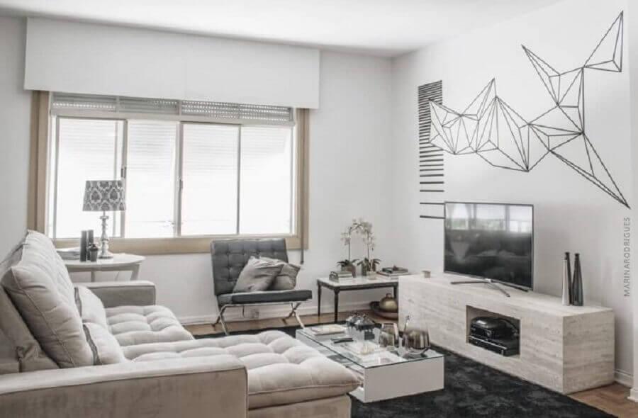 decoração de sala de estar com fita isolante preta Foto Marina Rodrigues