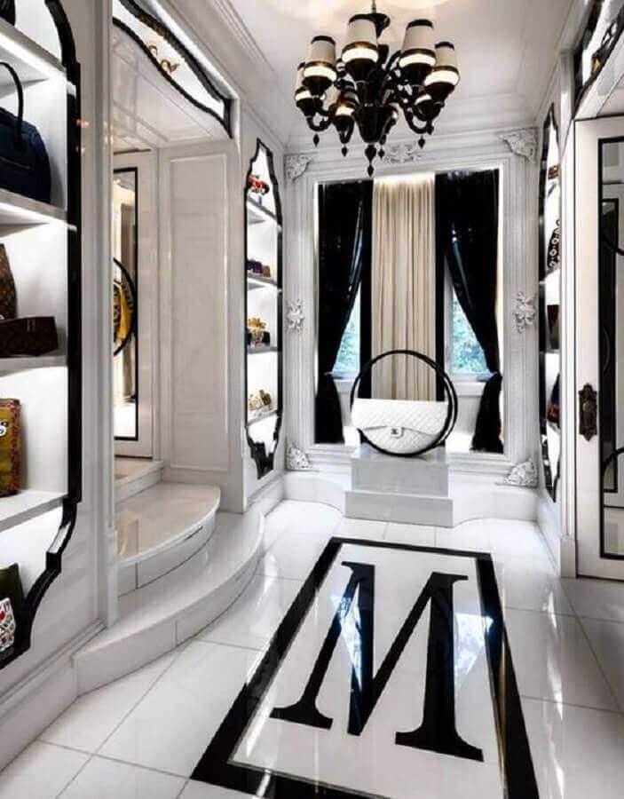 decoração em preto e branco para closet luxuoso Foto Shairoom Home Design
