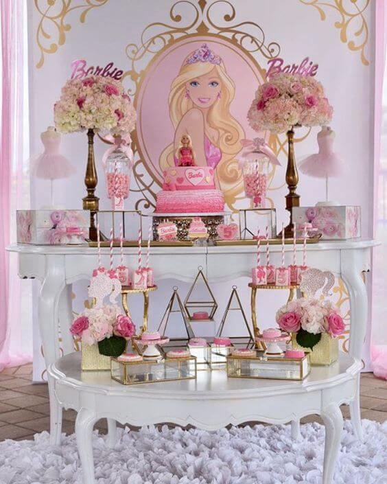 Decoração de festa da barbie provençal