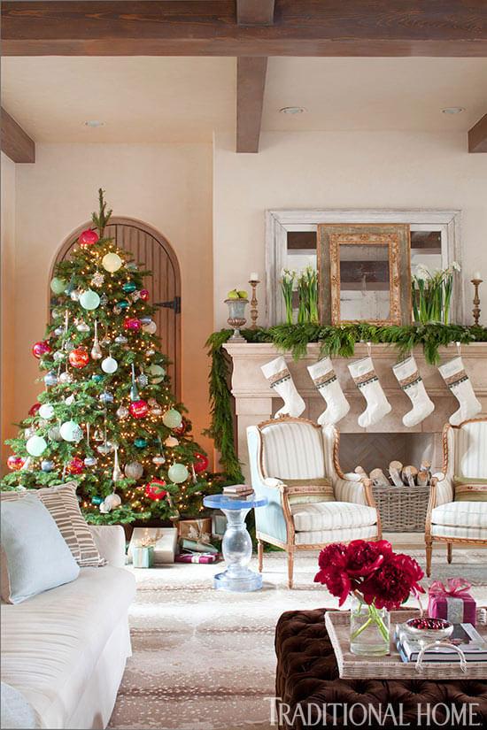 Decoração de natal para sala de estar estilo tradicional