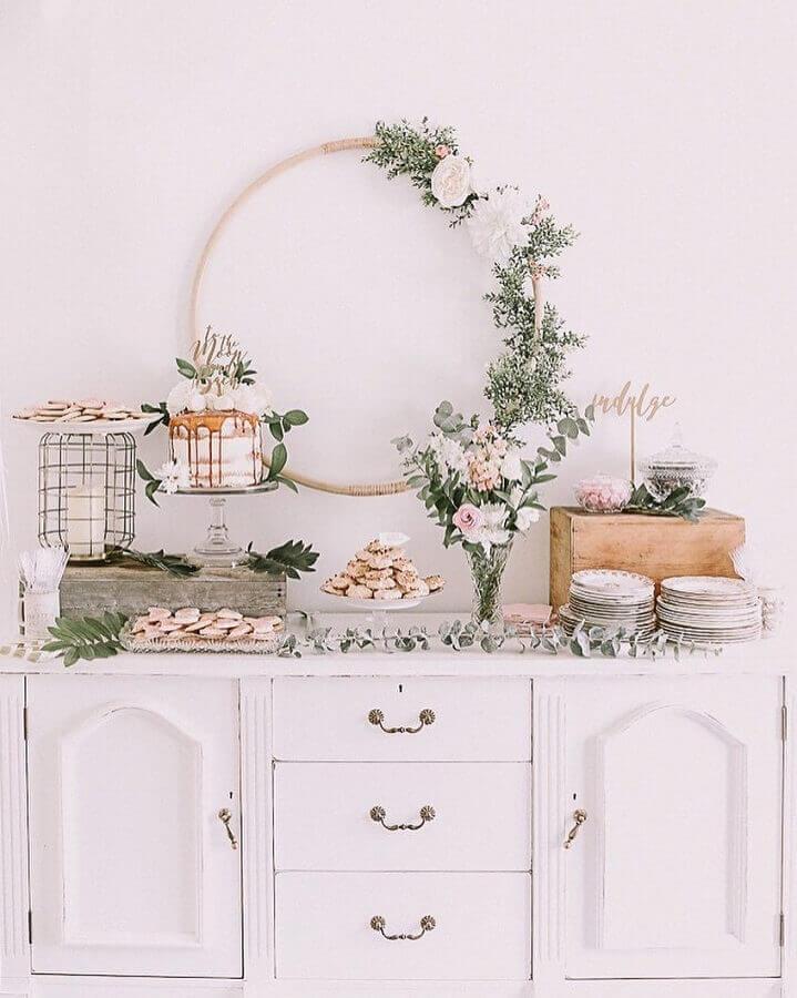 decoração rústica para mesa de bolo e doces de mini wedding Foto Pinterest