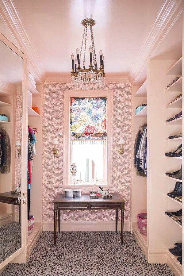 decoração rosa para closet feminino de luxo Foto Wood Save