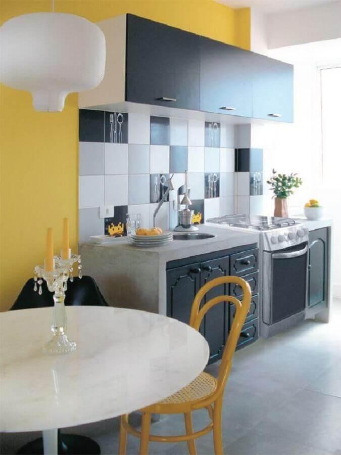 decoração simples para cozinha amarela e cinza Foto Casa e Festa