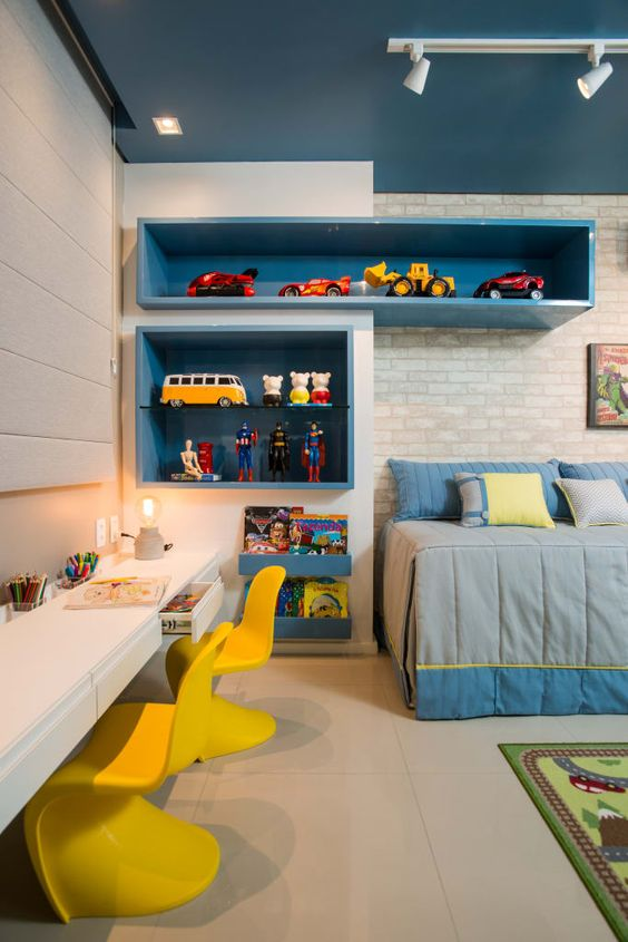 Estante para brinquedos azul