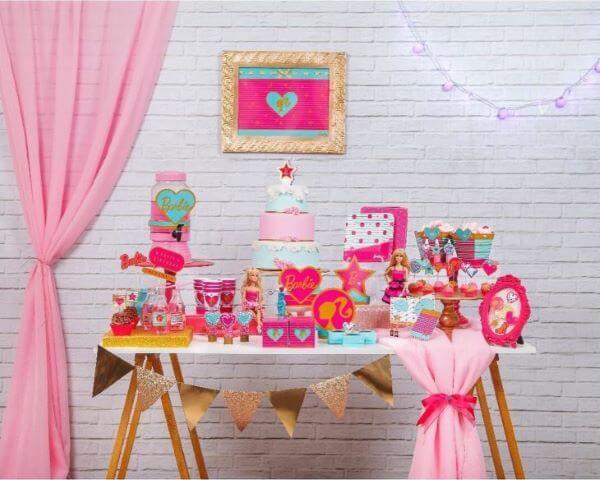 Festa da barbie com bonecas