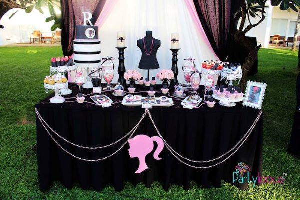 Festa da barbie preto e rosa