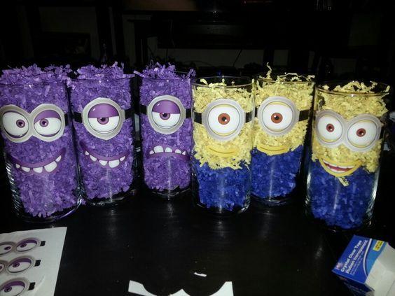 festa dos minions - copos decorativos para mesa