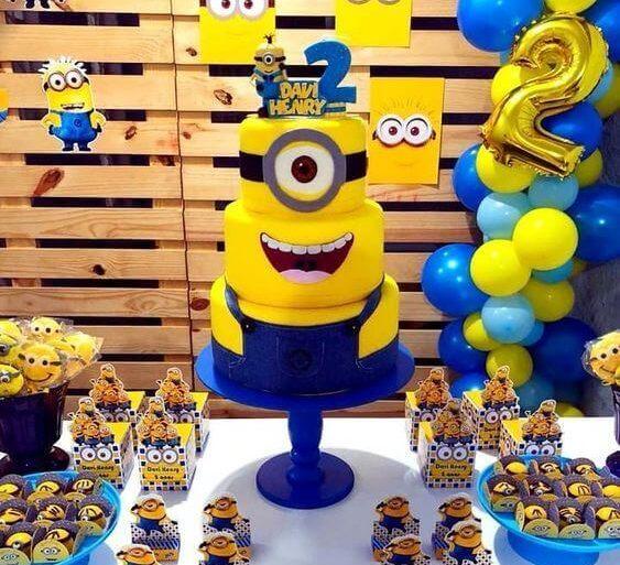 festa dos minions - mesa de festa infantil completa - Tua Casa