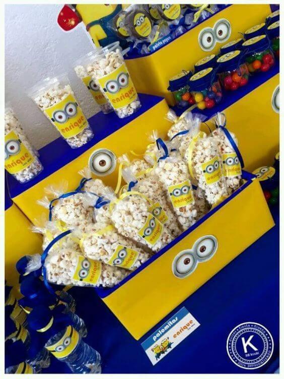 festa dos minions - pipocas em embalagem dos minons