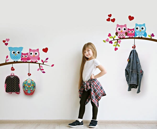 Gancho de parede adesivo feito com desenho de coruja