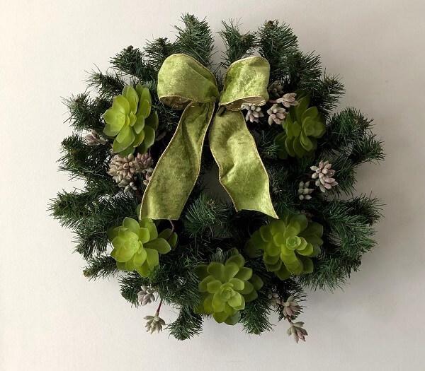 Guirlanda de Natal em tons de verde