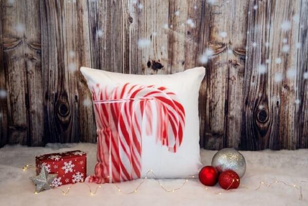 Invista em almofadas de Natal estampadas