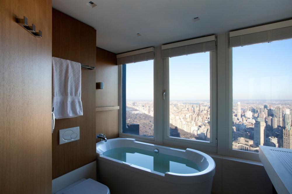 janela para banheiro - banheiro com janelas grandes