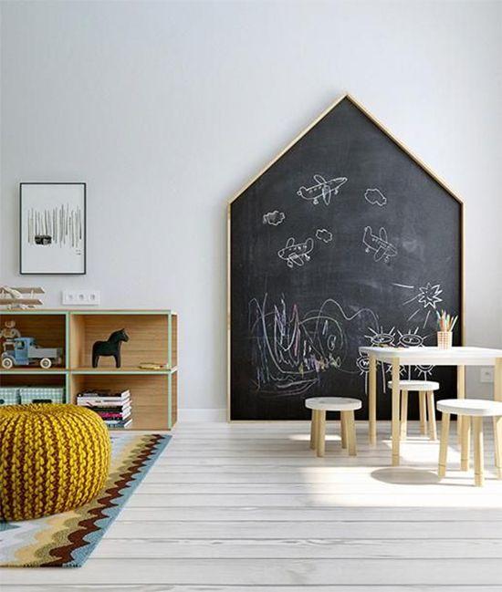 móveis montessorianos - área de lousa montessoriana