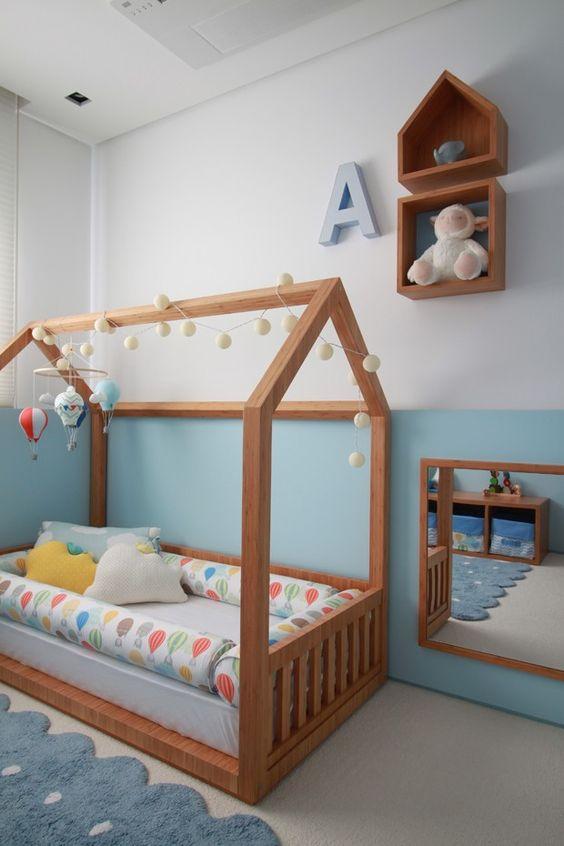 móveis montessorianos - cama montessoriana de madeira