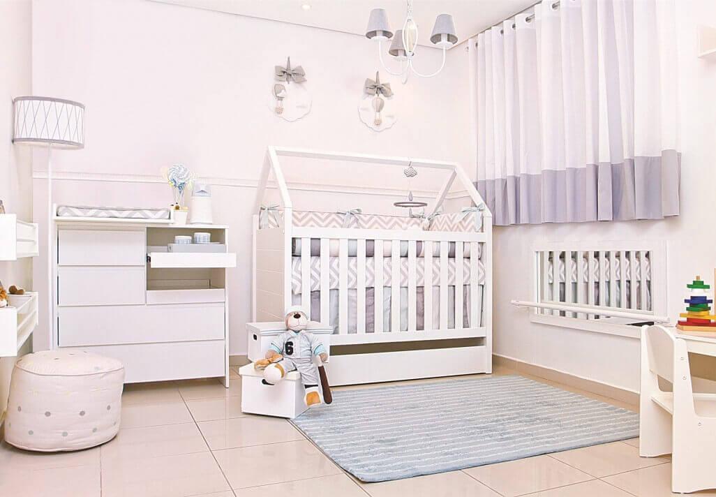 móveis montessorianos - quarto infantil com vaso montessoriano