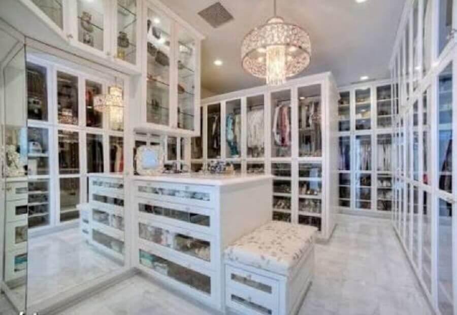 móveis planejados para closet luxuoso Foto Pinosy