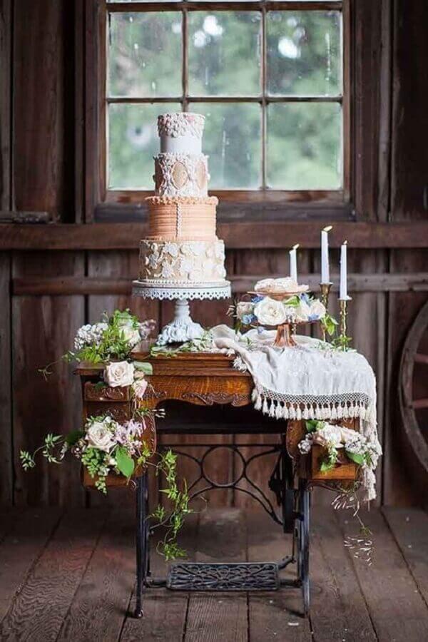 móvel antigo para decoração mini wedding rústico Foto Opulent Treasures