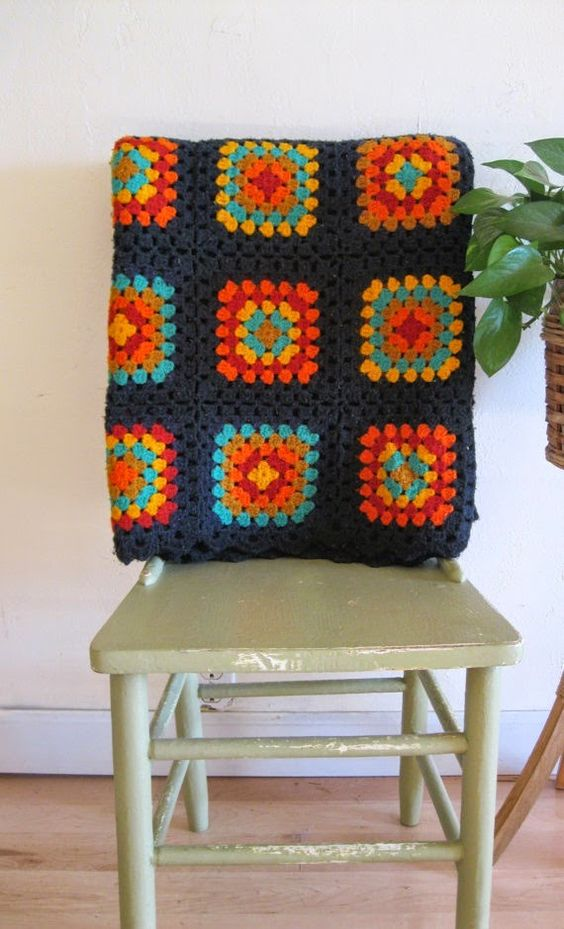 manta de crochê - manta de crochê azul e laranja
