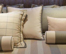 melhor travesseiro - almofadas e travesseiros na cama - Très Arquitetura
