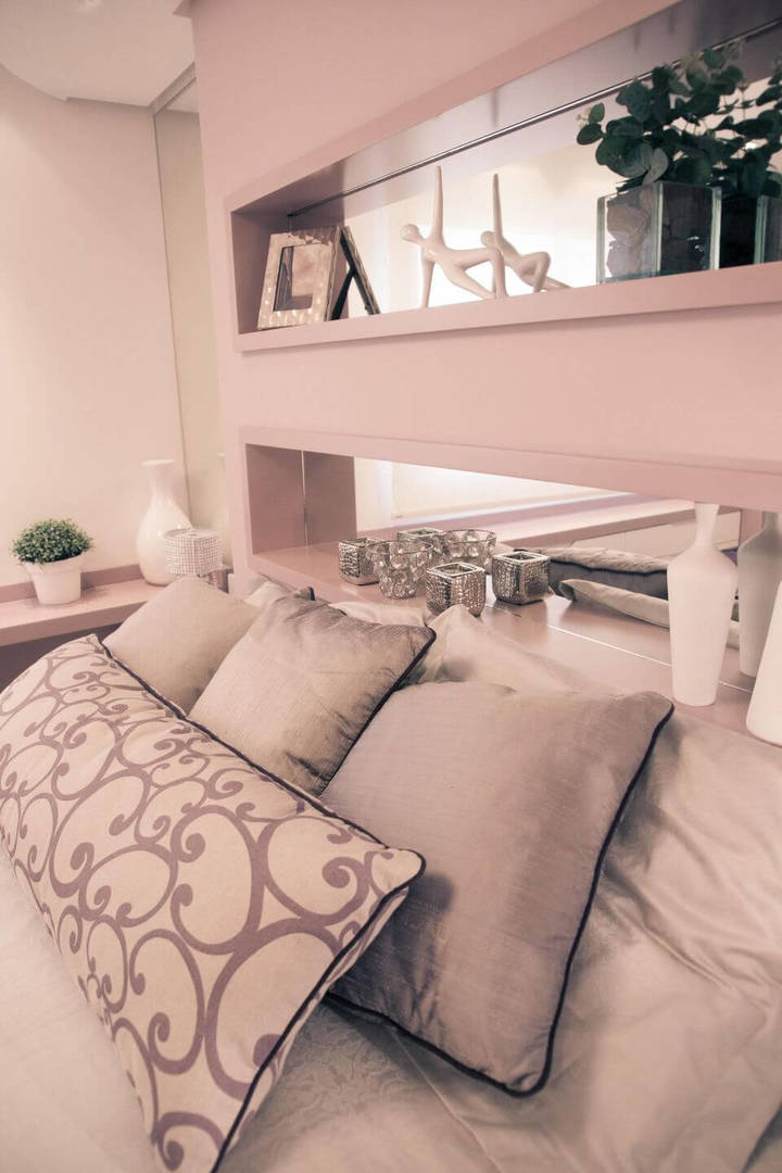 melhor travesseiro - quarto de casal com nicho na cabeceira da cama