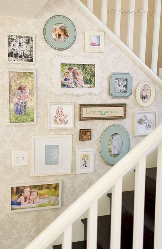 painel de fotos com quadros