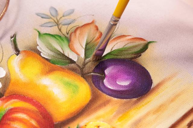 Como fazer pintura em tecido para pano de prato