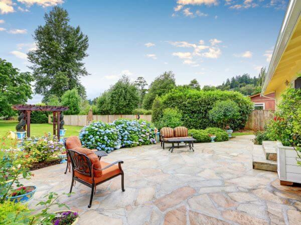 Piso para quintal com jardim