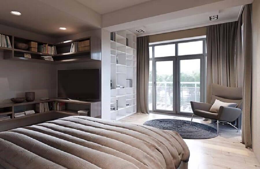 poltrona para quarto de casal amplo decorado Foto Wood Save