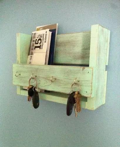 porta chaves feito de ripas de caixote