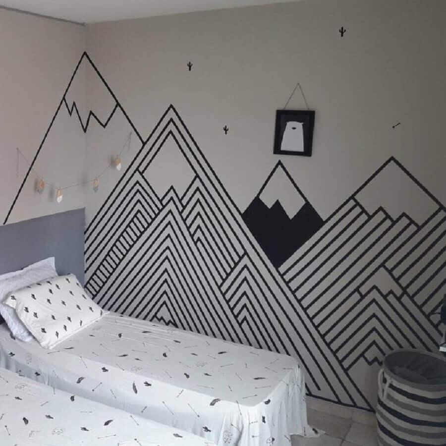 quarto decorado com fita isolante preta com formato de montanhas Foto Decorando meu Alugado