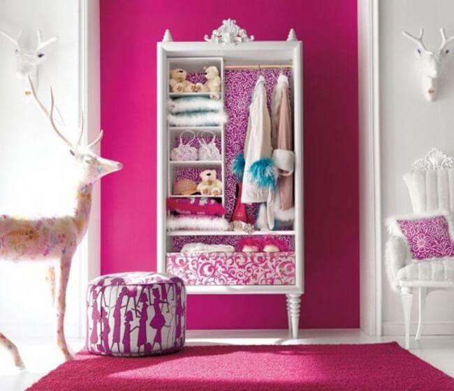 quarto fashion na cor rosa fúcsia