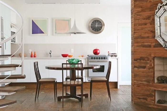 Relógio de parede com design simples para a cozinha