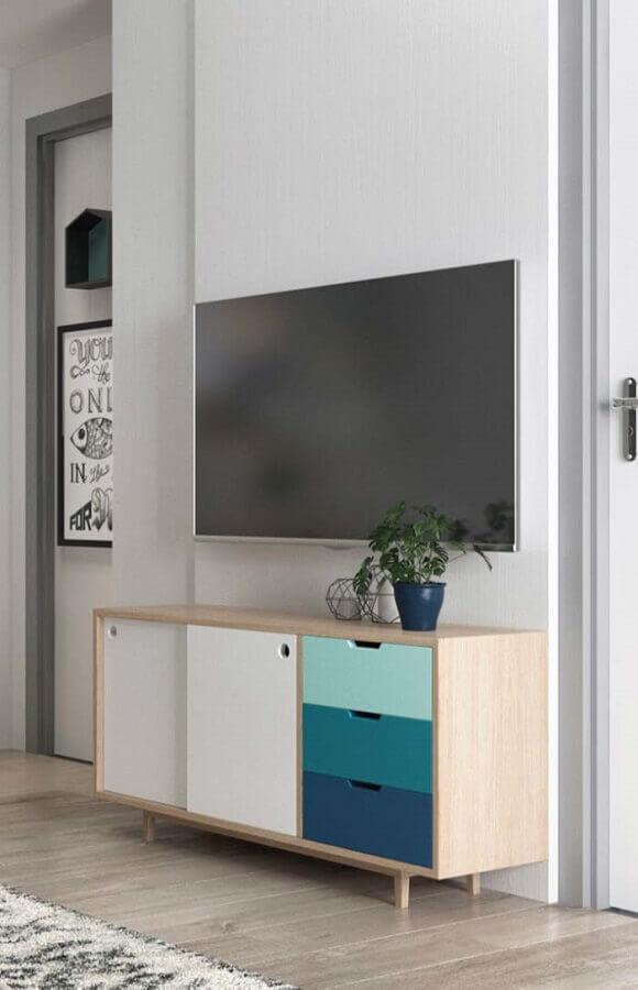 rack para sala pequena com design retrô Foto Decoração de Casa