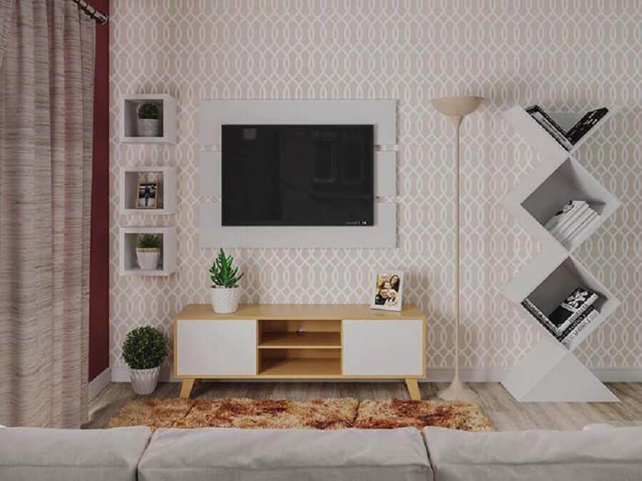 racks modernos para salas pequenas decoradas com tapete felpudo e papel de parede Foto Webcomunica