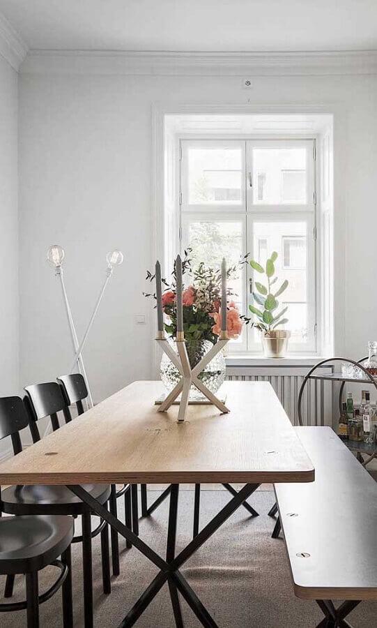 sala de jantar decorada com castiçal para velas Foto Pinterest