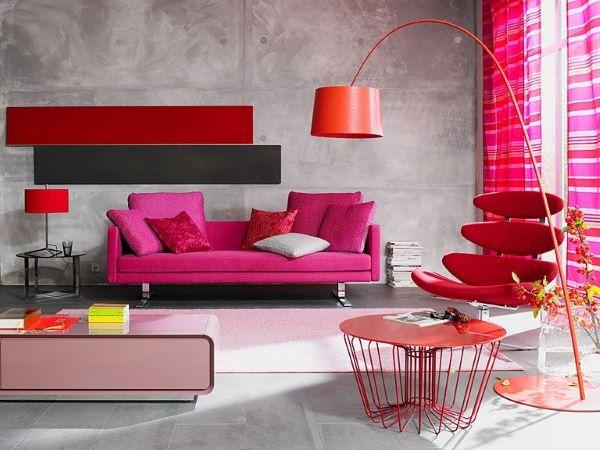 Sofá colorido pink com poltrona vermelha