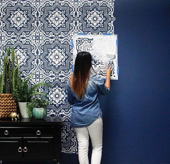 Stencil grande para parede azul