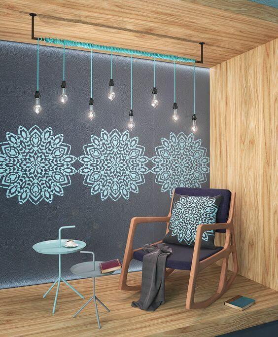 stencil para parede colorida
