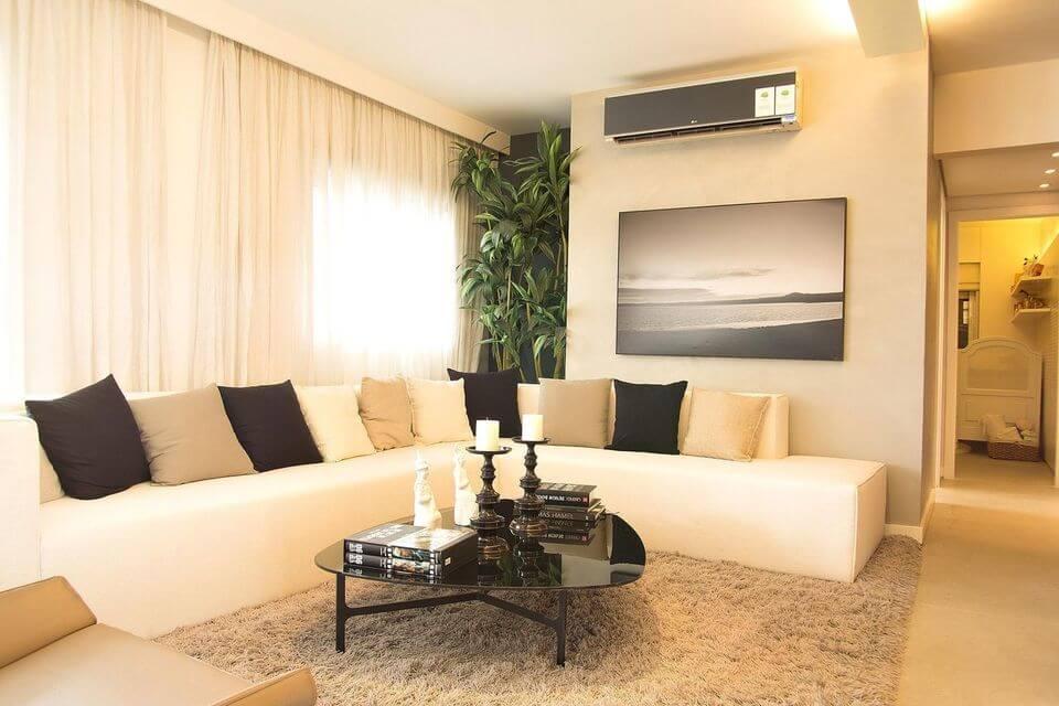 tapete medusa - tapete felpudo em sala de estar cinza