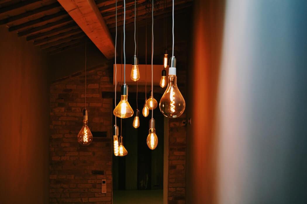tipos de lâmpadas - lâmpadas de bulbo em formatos diferentes