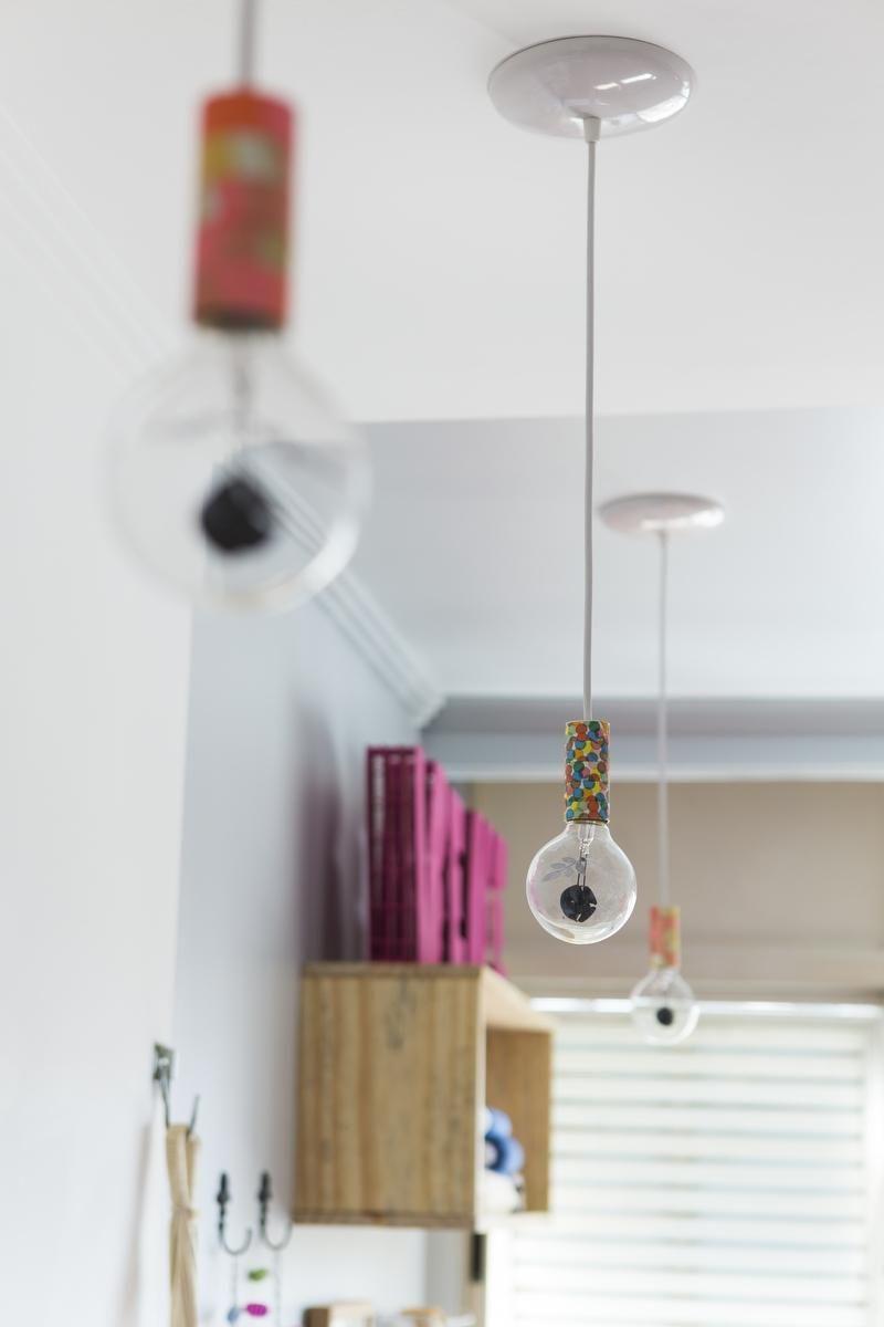 tipos de lâmpadas - pendente colorido divertido de lâmpada